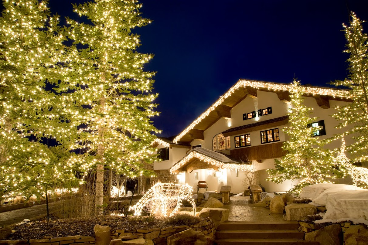 Brite Nites Professional Residential Christmas Lighting